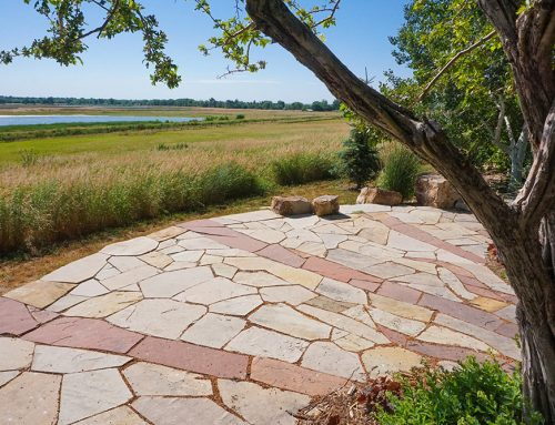 Landscaping: Natural Stone or Manufactured Stone