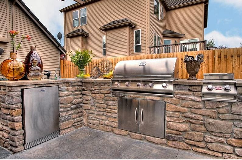 Outdoor Kitchen Pros And Cons